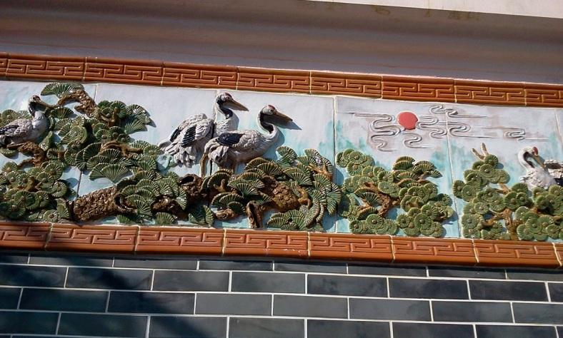 Sai Kung Tin Hau Temple Cranes